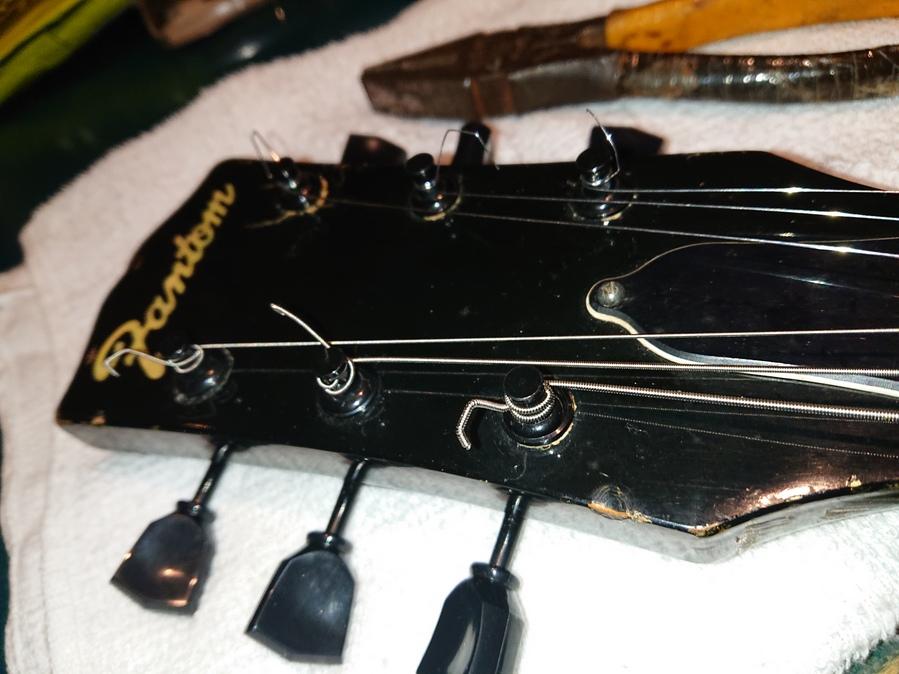 エレキギター初心者向け!簡単なメンテナンスとオクターブピッチ合わせてみました!後編
